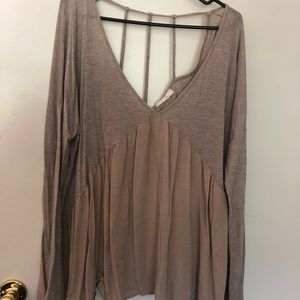 Taupe long sleep top w strapped back